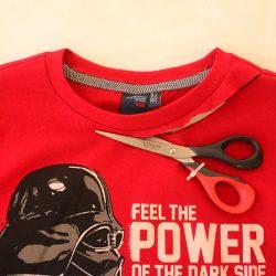 Jak przerobić koszulkę nożyczkami