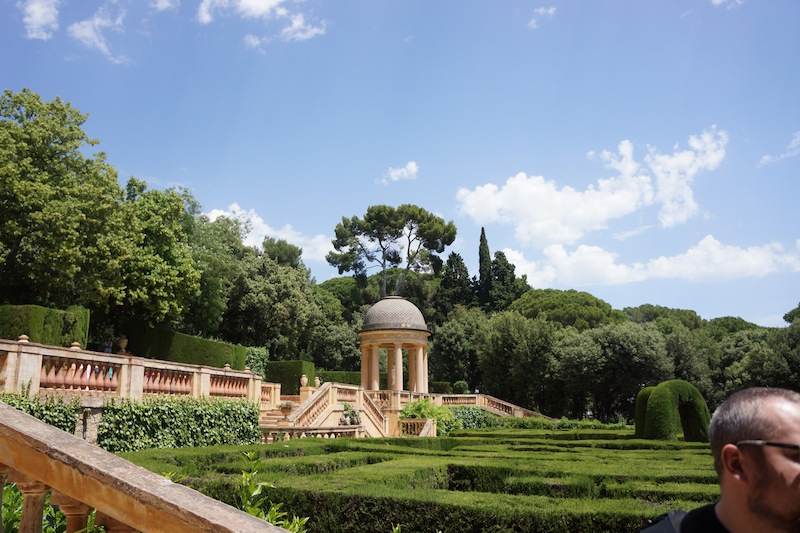 Ogrody z labiryntem. To tam była koperta z kolejnej zagadki. Dowiedzielismy się, ze kolejnym miastem jest Rzym (co było bardzo trudne do wydedukowania ;)) a jego gospodarzem - Kominek. Będzie się działo :)