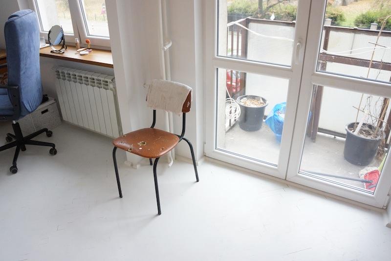 Balkon jeszcze nieruszony, ale za to mam piękne krzesło fińskiego, słynnego projektanta. Prawda, że cudne?