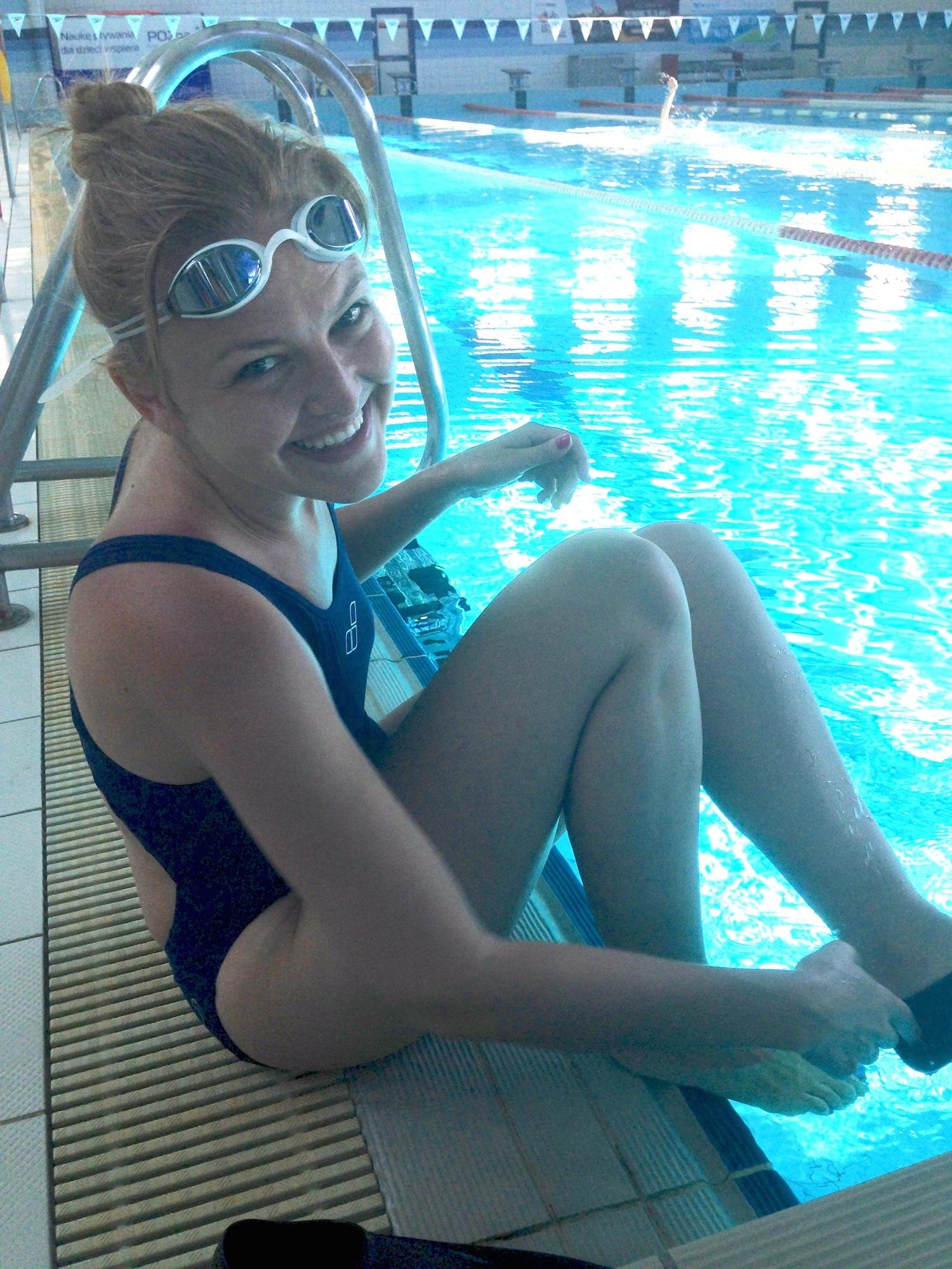 A tu przed wejsciem do wody na pierwszym basenowym treningu z Natalią. :)